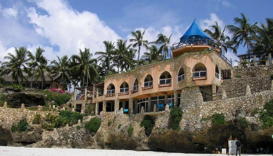 Bahari Beach Hotel Safari